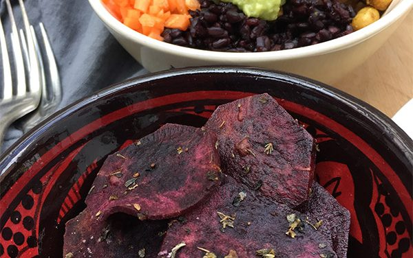 Spiced Buddha Bowl with Herby Purple Potato Chips: Quick & Easy Plant-Based Lunch or Dinner